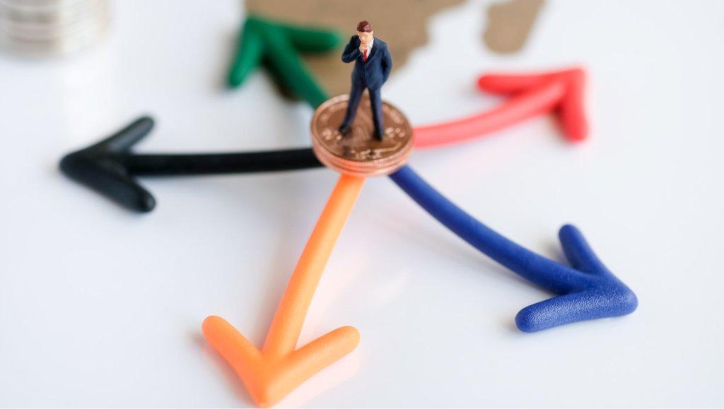 Jak budować markę osobistą podczas zmiany strategii biznesowej izwolnień?