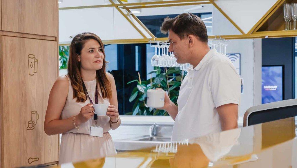 Jak odnaleźć równowagę pomiędzy pracą zdomu acodziennym chodzeniem do biura?