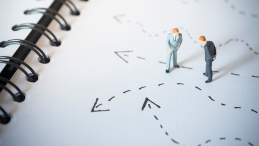 Czy warto awansować utalentowanych specjalistów na stanowiska menedżerskie