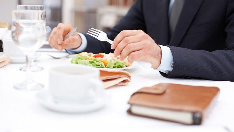 5 składników udanego biznesowego lunchu