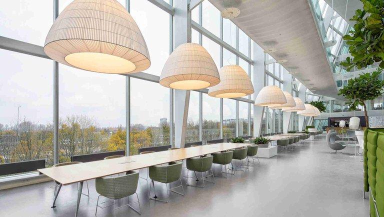Innowacyjne oświetlenie wbiurze – najciekawsze rozwiązania