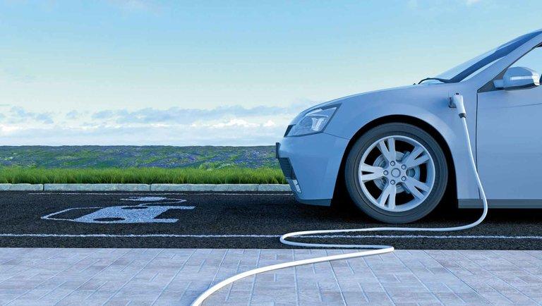 Wpogoni za liderami elektromobilności