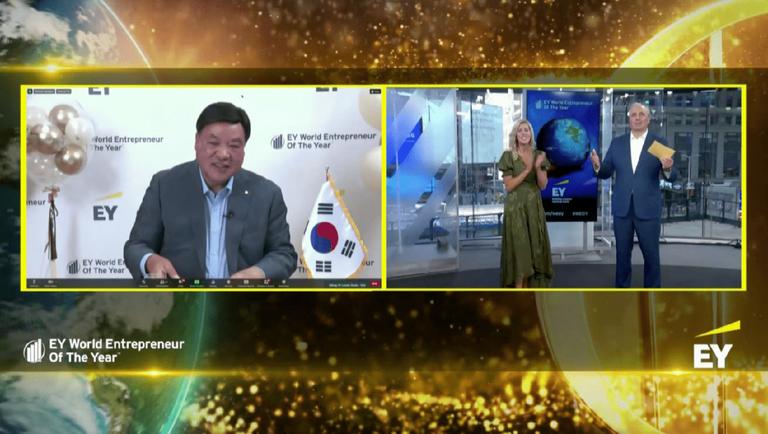 Od taksówkarza do… milionera – oto zwycięzca światowej edycji konkursu EY Przedsiębiorca Roku 2021