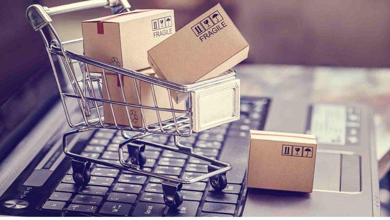 Raport GS1 Polska: e-handel sięga po zewnętrznych dostawców logistyki