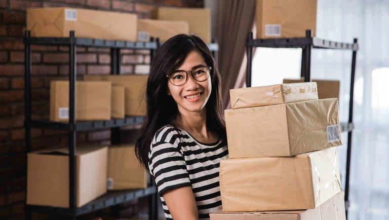 Przesyłka kurierska ie-commerce. Badania opinii internautów