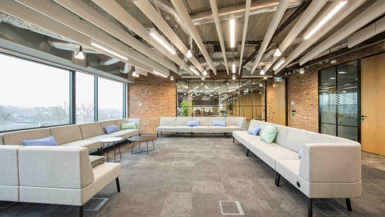 Brainly: biuro odzwierciedlające charakter firmy